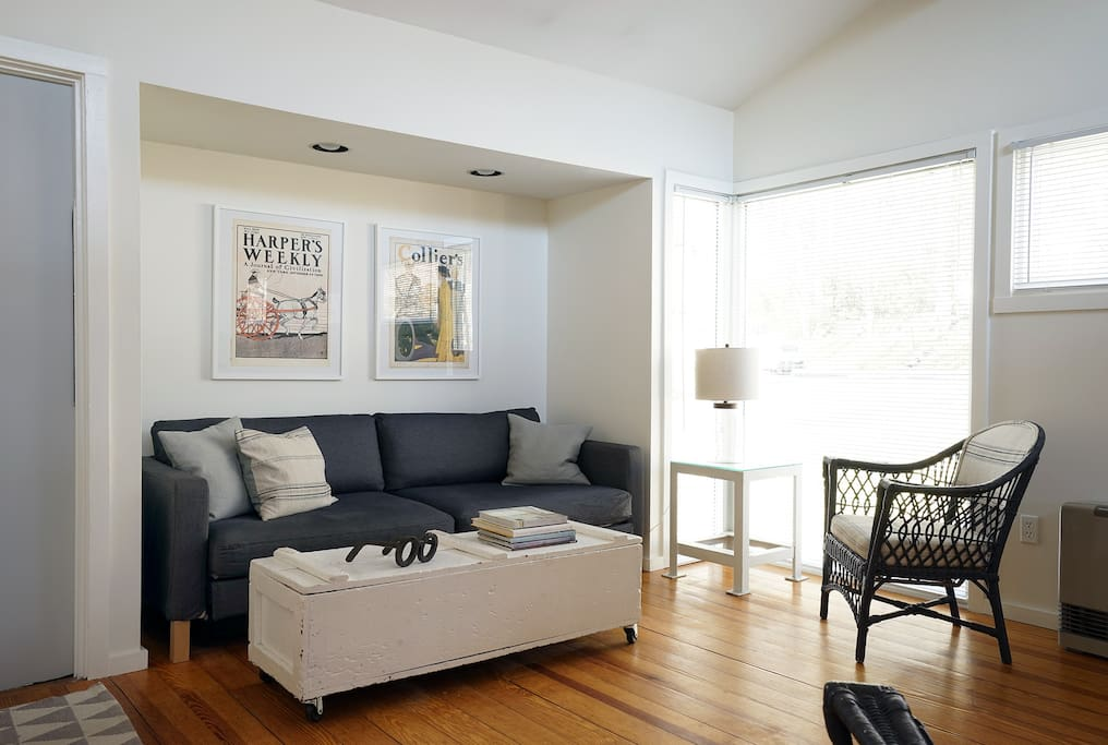 private studio apartment apartments for rent in amherst massachusetts united states. Black Bedroom Furniture Sets. Home Design Ideas