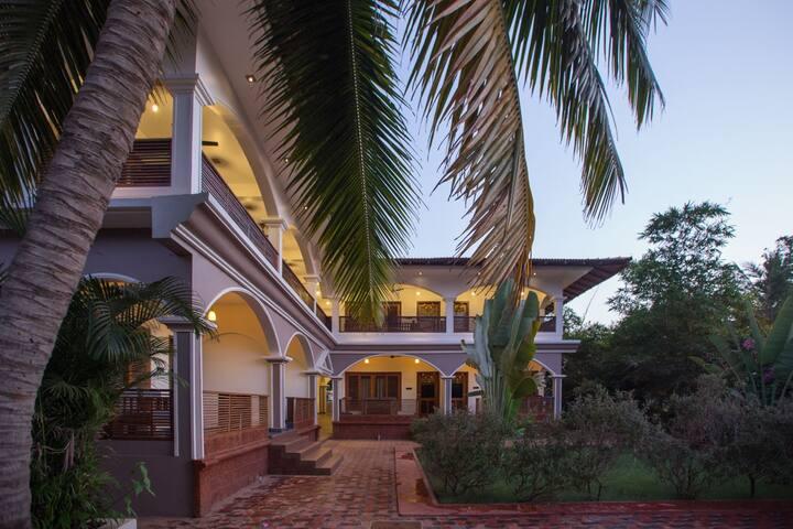 Courtyard AC Room at Agonda Beach 2