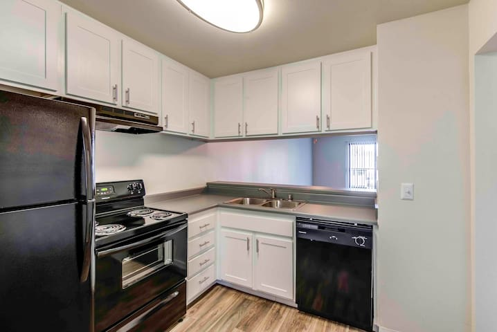 Everything you need | 2BR in Escondido