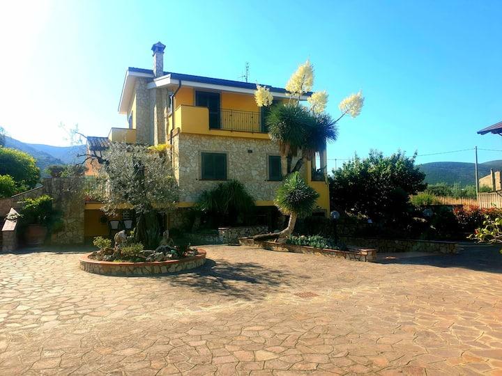 Appartamento in Villa Giustina con giardino