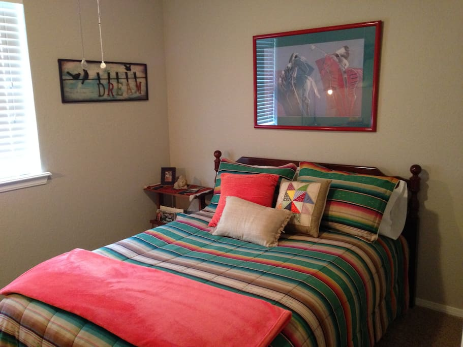 Sunny, east facing guest room.  Full bed with tempurpedic  mattress
