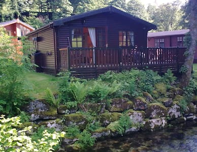 Puddleduck Lodge, log cabin - Hytte