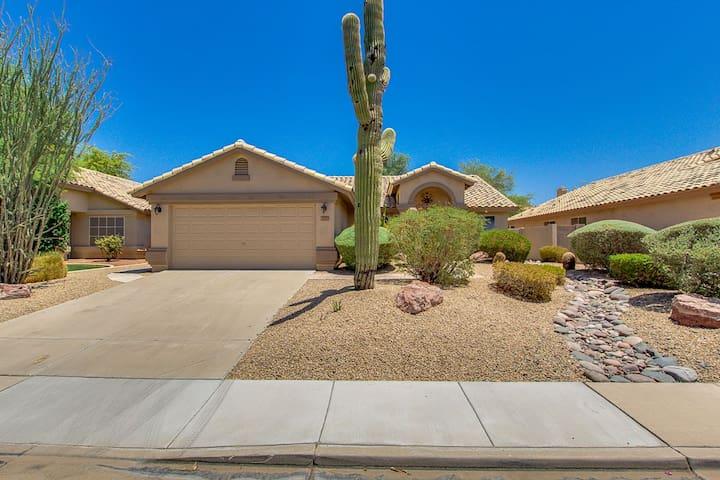Resort Style Home in Mesa, AZ - Mesa - Casa
