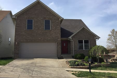 Kentucky Derby house for rent - New Albany - 独立屋