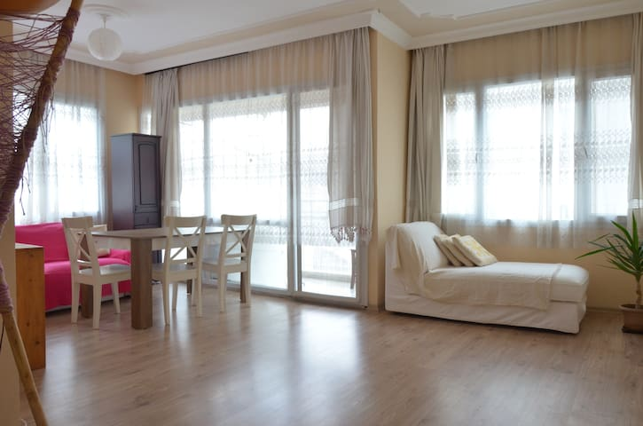 Flat to rent 2+1, 3 minutes to the seaside, center