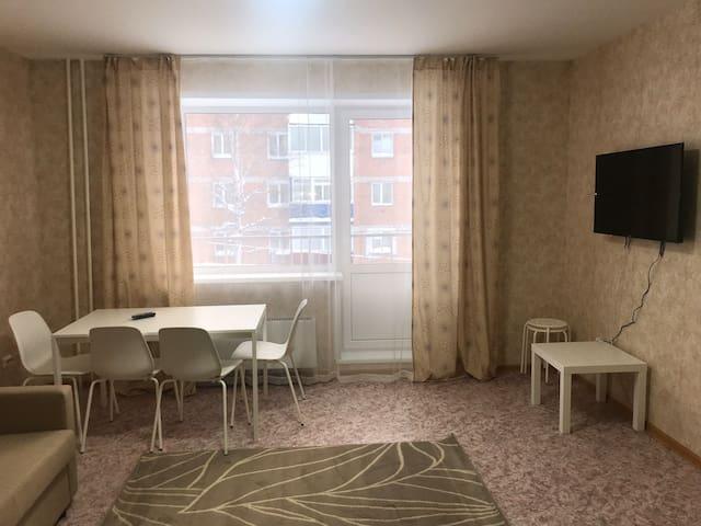 2-ная квартира студия в новом доме.Теплая, уютная.