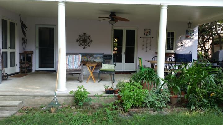 Lovely Home in Media, PA - Private Bedrm & Bathrm
