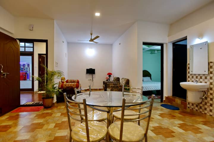 Cauvery residency home stay & service apartments.