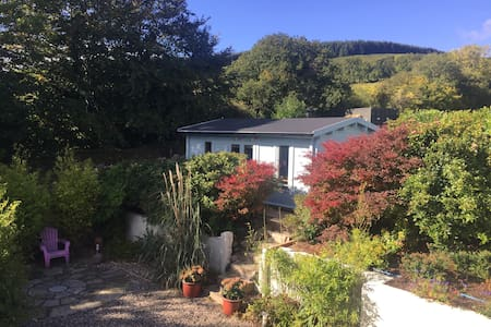 Enniskerry - mountain perched log cabin