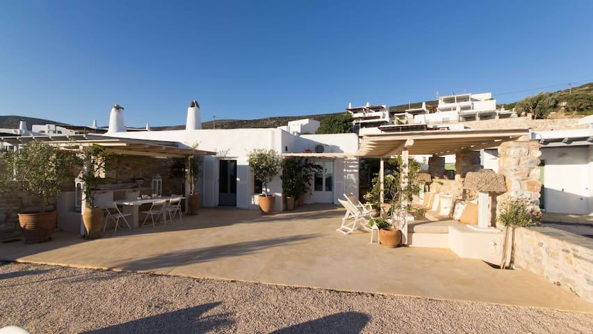 The house of the sun - Paros
