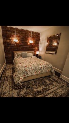Boone Trace Inn, Relaxing Bedroom #2