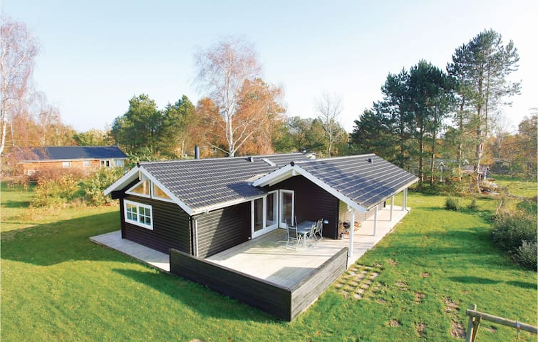 Holiday cottage with 3 bedrooms on 96m² in Kalundborg