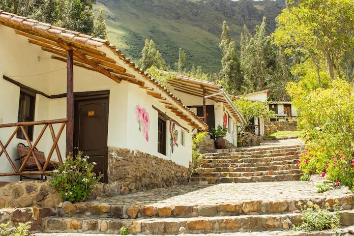 Ollantaytambo Village Lodge