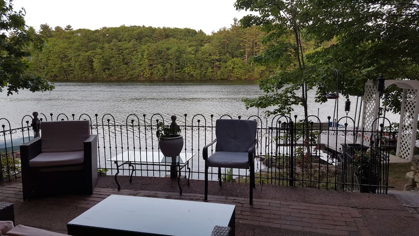Waterfront Suite with Patio minutes from Portland