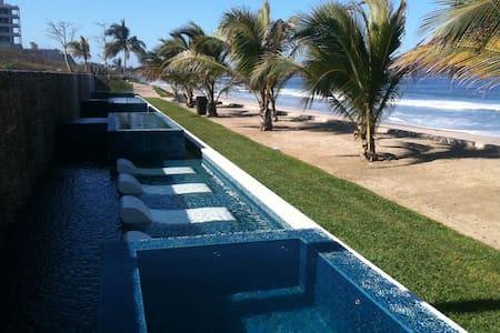 New Years Week La Tranquila Hotel - Punta de Mita - Condominio