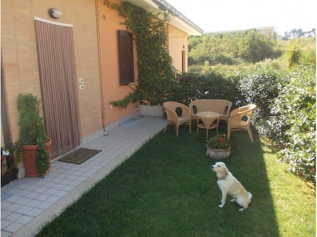 Casa indipendente vacanza - Marina di Massignano - House