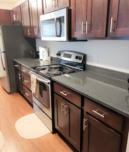 WC-Large Corner 2BR/2BA Short-Term & Extended Stay