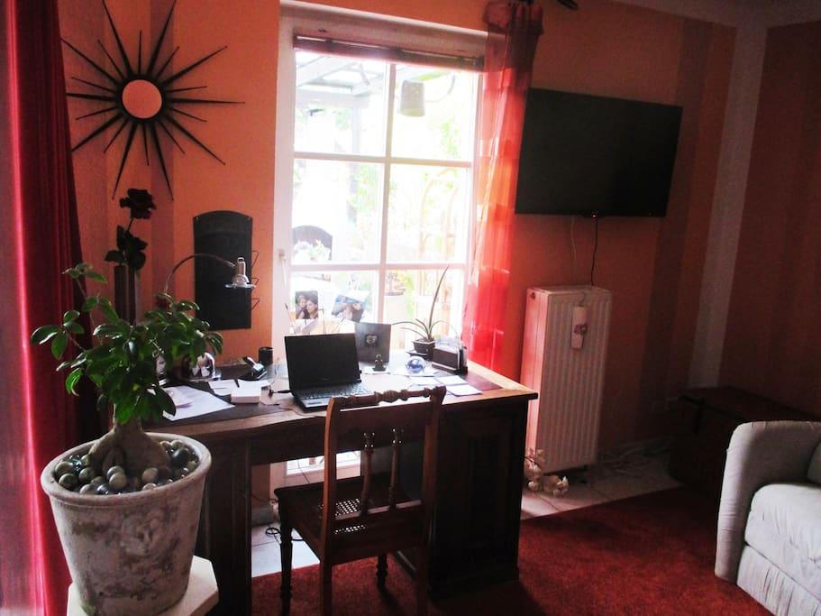 Zimmer Erdgeschoss Gartensicht