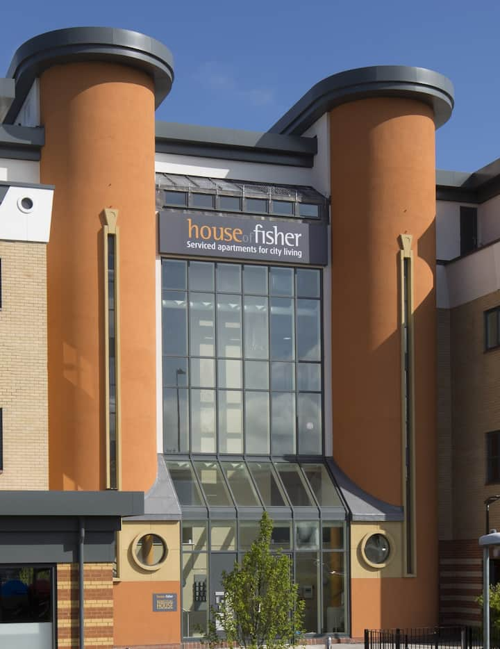 Deluxe One Bedroom Apartment at Beneficial House by House of Fisher