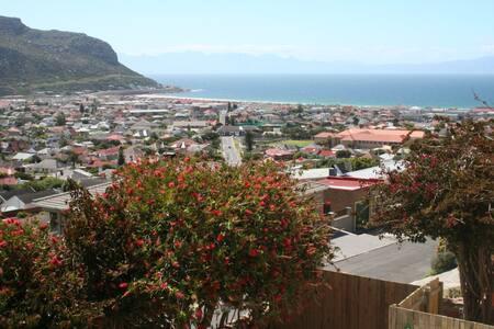 69onRanger - Fish Hoek Mountainside - Cape Town