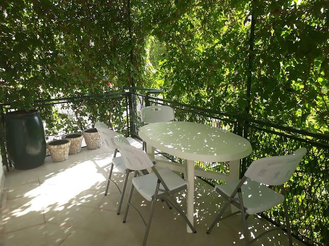 Apartment Fjaka  Terrace Pergola With Sea view - Dugi Rat - Wohnung