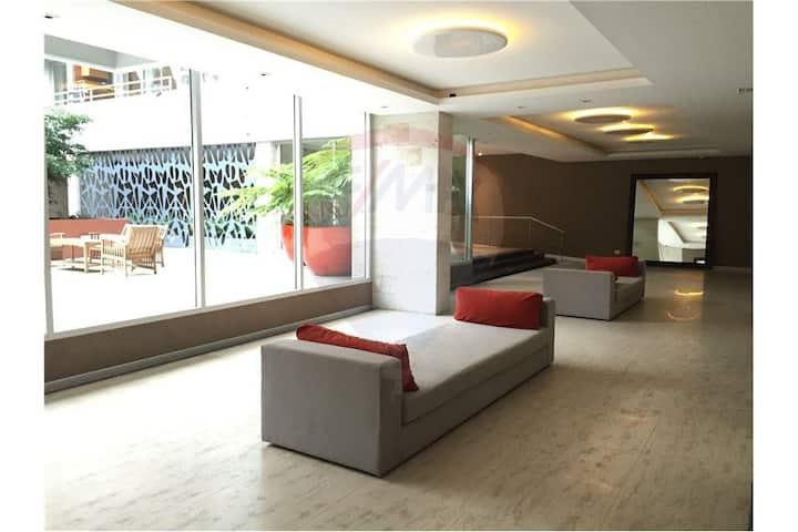 Lovely Stylish new studio. Luxury Tower