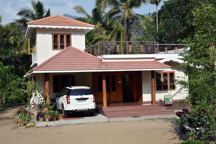 Mary's Villa - Home Stay at Marayoor