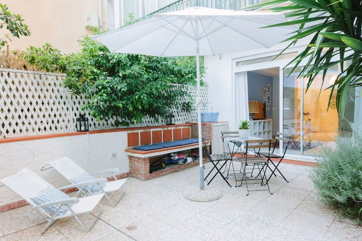 Casetta Azzurra. Cozy apart with garden and bikes.