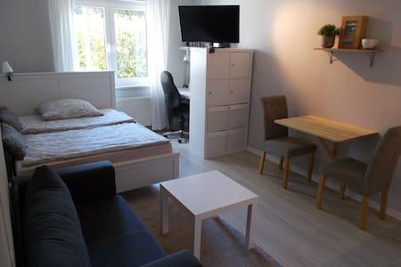 Unterkunft mit privatem Bad und Küchenzeile