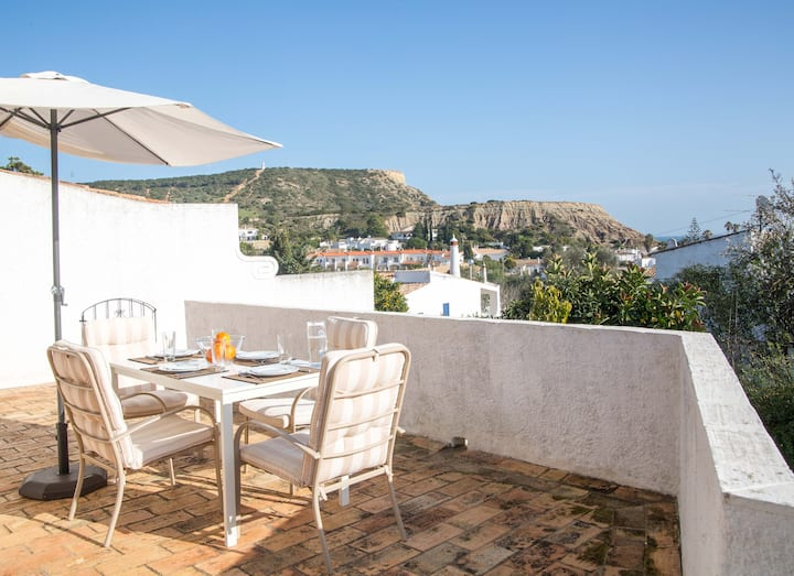 Praia da Luz House with Terrace