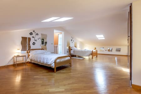 Cozy attic - Mantignano - Casa de camp