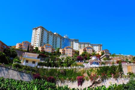 Gold City private pool villa Alanya - อลันยา
