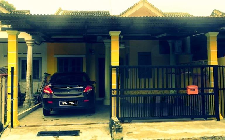 Homestay Tangkak Johor