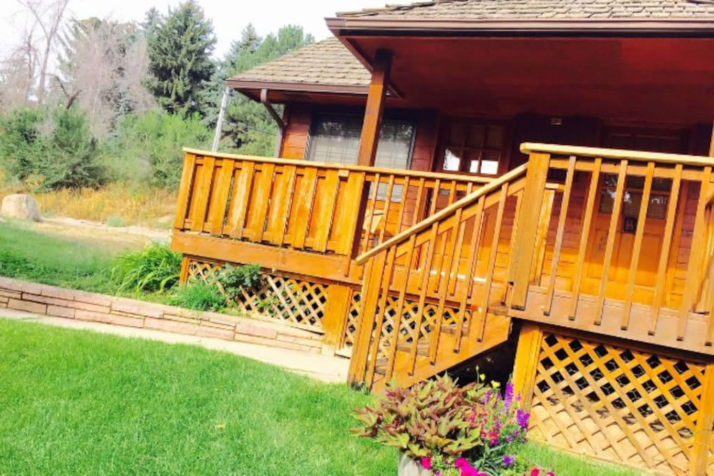 Jb weldon a cozy quiet ranch cabin near river cabins for Loveland co cabin rentals