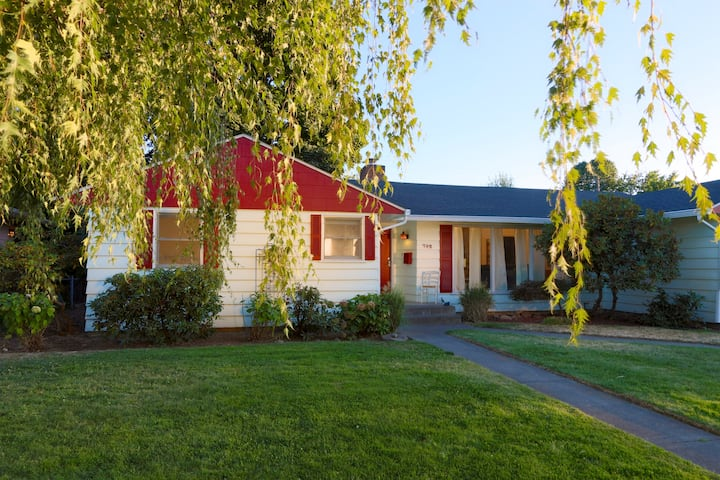 Updated Ranch-Style Home Close to Town