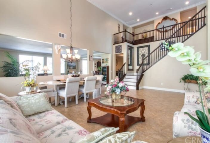 Beautiful home in the park by Santa Ana river
