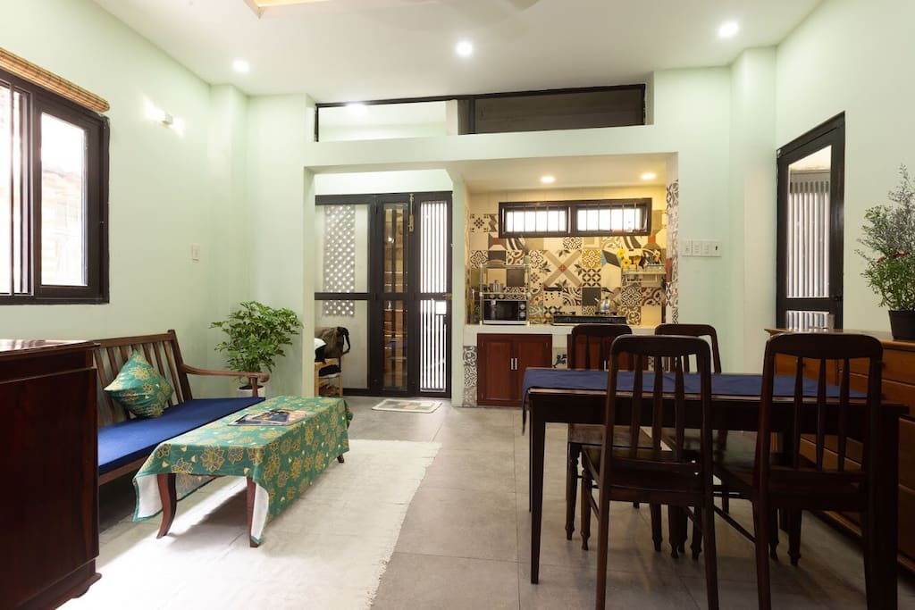 Warm and welcoming living room. Fully facilitated kitchenette and dining table are available.