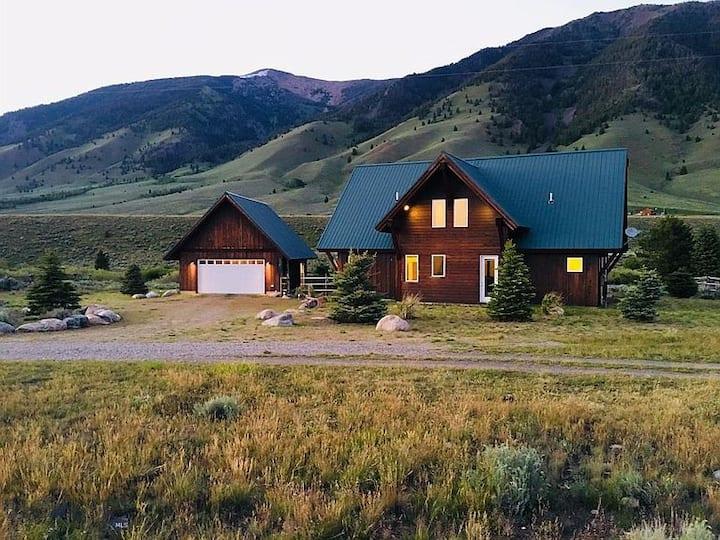 Madison River Retreat: Fishing & Yellowstone Park!