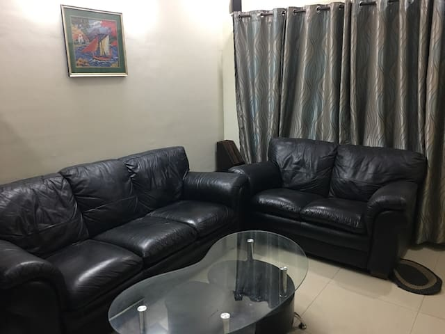 Fully Furnished 3BHK Rowhouse Prime location