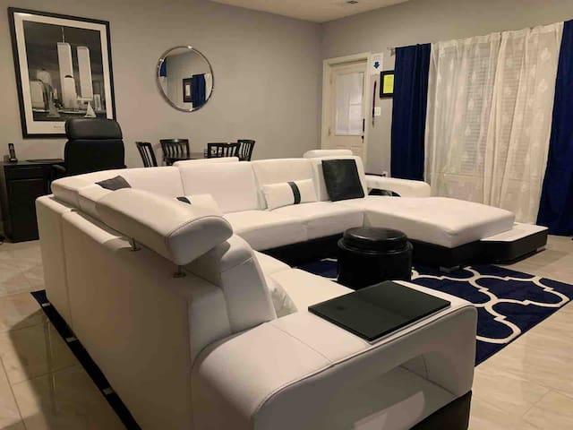 1-Bedroom English Basement Washington, D.C. Metro