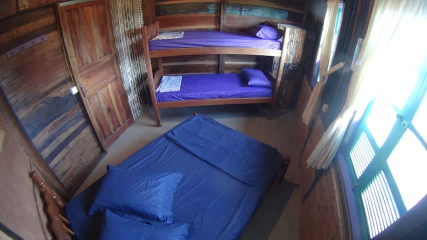 Oka-Mauna EcoHostel - Dunas Double / Family Room