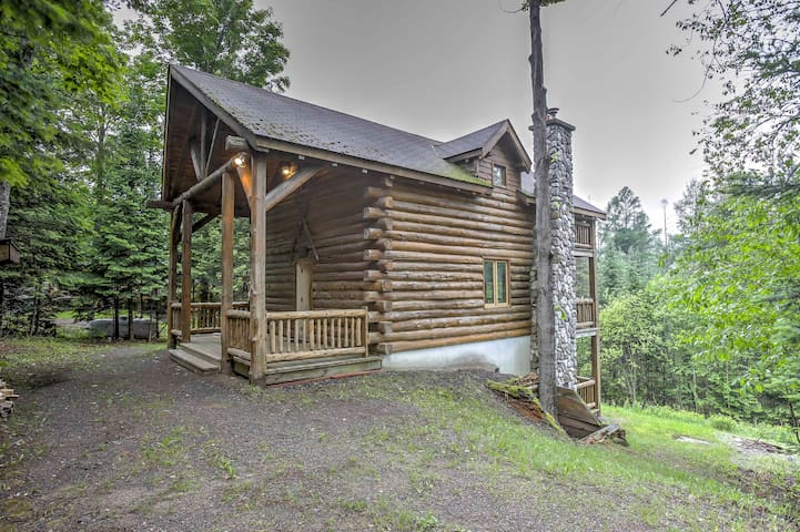 Brule Village Log Cabin w/Ski Slope Views + Grill!
