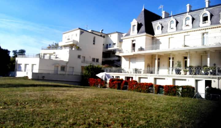 Studio entre  coeur de La Rochelle et île de Ré.