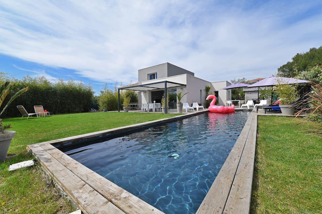 superbe maison moderne avec piscine houses for rent in ForPiscine Le Cres