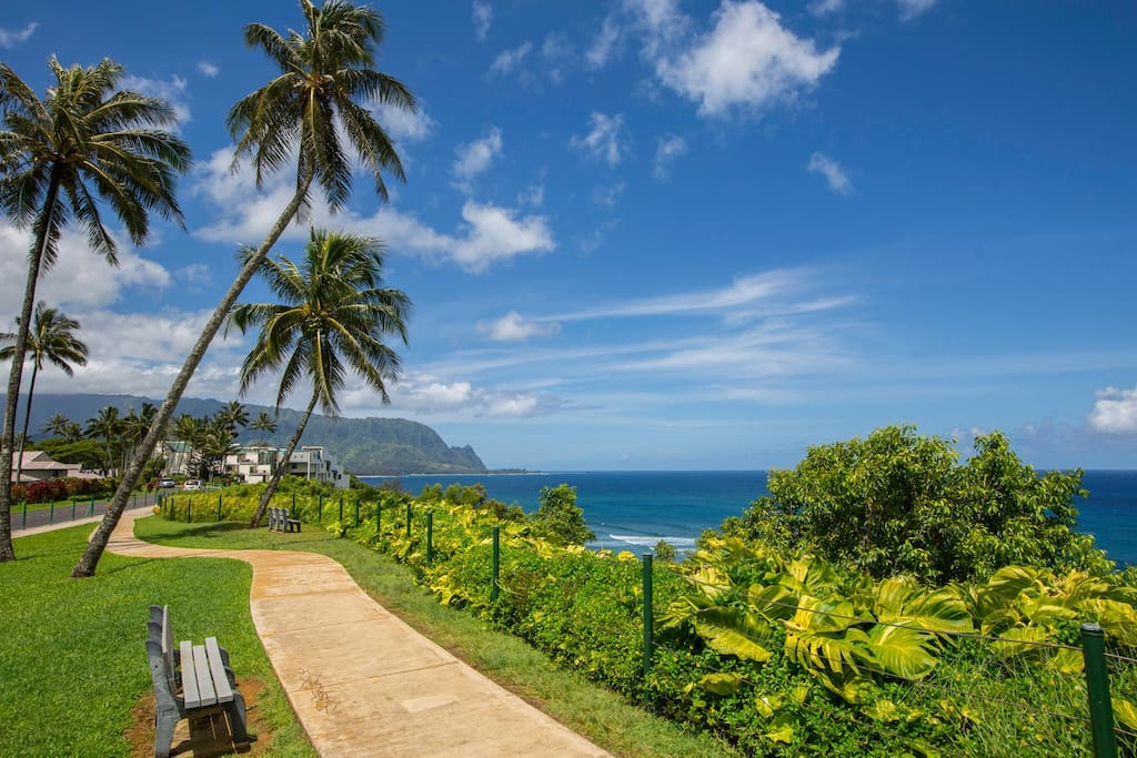 The two-mile walking path, also just steps from your Hawaiian home, leads to beautiful beaches, championship golf, dining, and shopping.