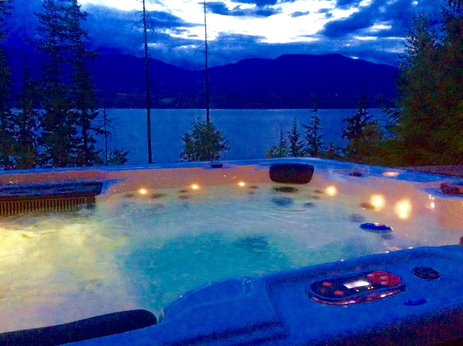 Relax in your Private Hot Tub With A View!