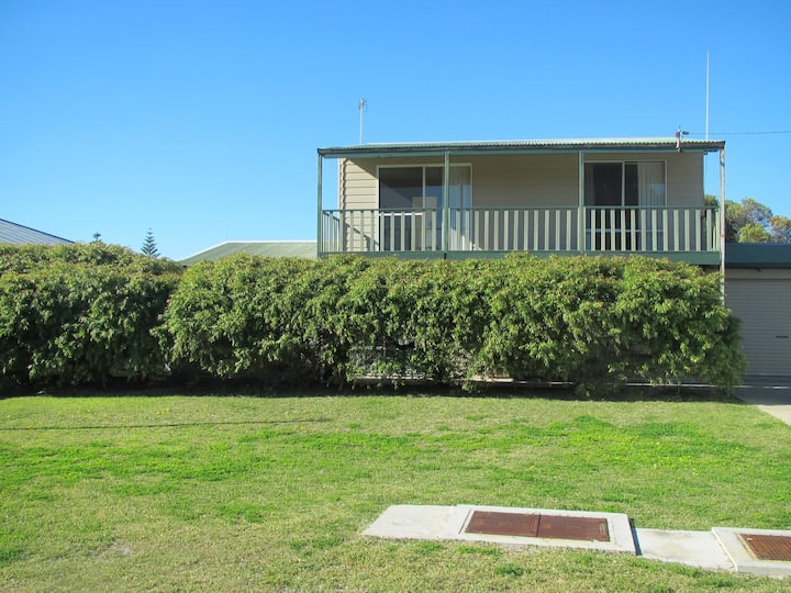 Cockatoo - A great family holiday home