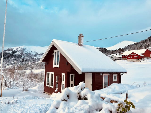 Cabin with sauna by the river close to Ski center