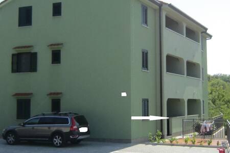 Apartments near sea Croatia - Malinska - Wohnung