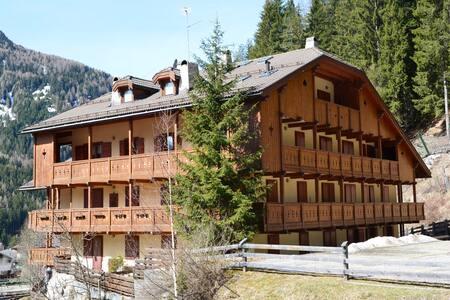 Casa del bosco